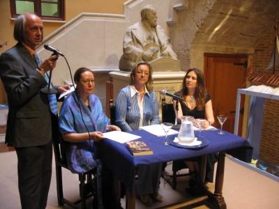 Aurora Luna, recital de poesía en el Círculo de Bellas artes